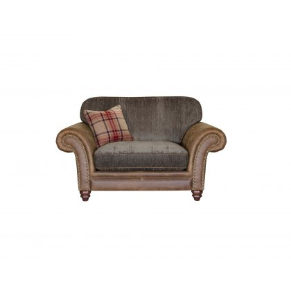 Alexander & James Hudson Standard Back Snuggler Chair