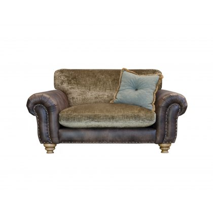 Alexander & James Bloomsbury Standard Back Snuggler Chair