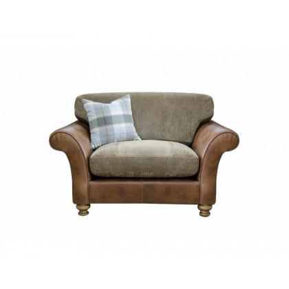 Alexander & James Lawrence I Standard Back Snuggler Chair