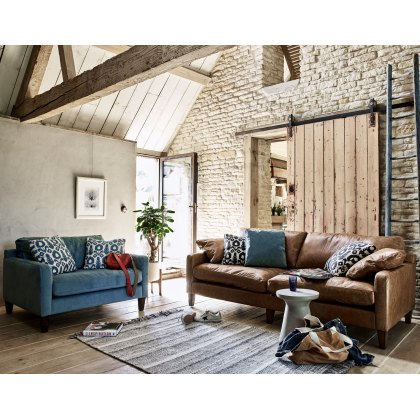Alexander & James Hoxton Leather Chaise Sofa