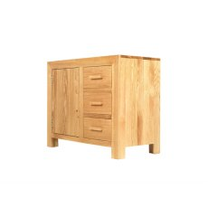 Oak City - Cuba Chunky Oak Small Sideboard